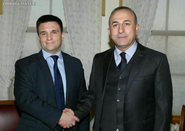Климкин: Скоро украинцы смогут ездить в Турцию по внутренним паспортам